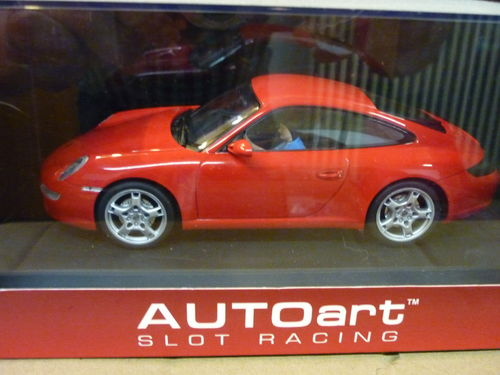 Auto Art Porsche in rot
